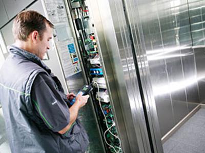 verifiche-ascensori